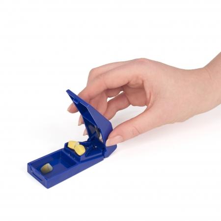 Ausilio Vita quotidiana Allmobility taglia pillole